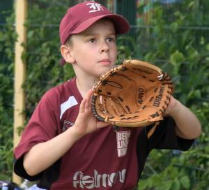 Auch Kinder und Jugendliche können Baseball bei den Berlin Flamingos spielen
