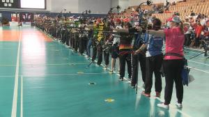 Die Berlin Open im Bogenschießen - hier treffen Spitzensportler auf Breitensportler