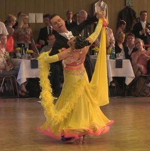 Deutsche Meisterschaft der Senioren II S im Tanzen : Gert Faustmann und Alexandra Kley aus Berlin sicherten sich den Titel