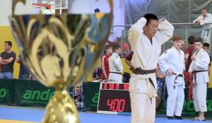 Sportler aus 15 Nationen kämpfen beim Internationalen Tuzla-Gedenkturnier im Judo um die Trophäen