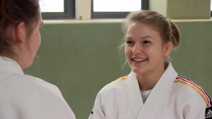 Immer ein Lächeln auf den Lippen: die Nachwuchssportlerin des Monats März, Janina Teßmann