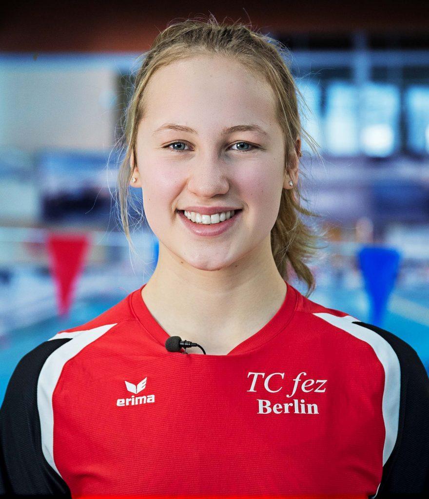 Johanna Schikor Finswimming