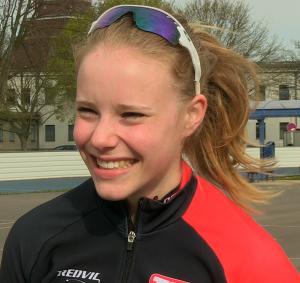 Eisschnellläuferin Lea Sophie Scholz ist Nachwuchssportler des Monats April 2016