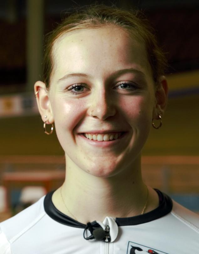 Paula Leonhardt
