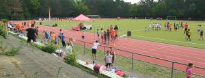 Das Sichtungssportfest des SC Tegeler Forst fand auf dem Sportplatz vom Romain-Rolland-Gymnasium statt