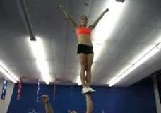 Cheerleading Stunts – muss man(n) gesehen haben