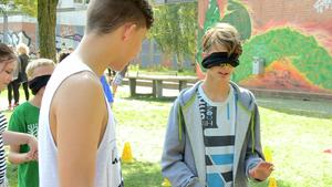 Wie ist es blind zu sein? Selbsterfahrung beim 1. Pankower Sportfest für Inklusion