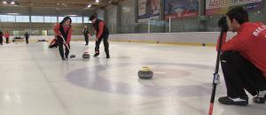 Insggesamt 16 Mannschaften gehen beim Berlin Curling Cup 2015 an den Start