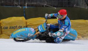 Günther Bauer ist der erfolgreichste deutsche Sportler in Sachen Eisspeedway