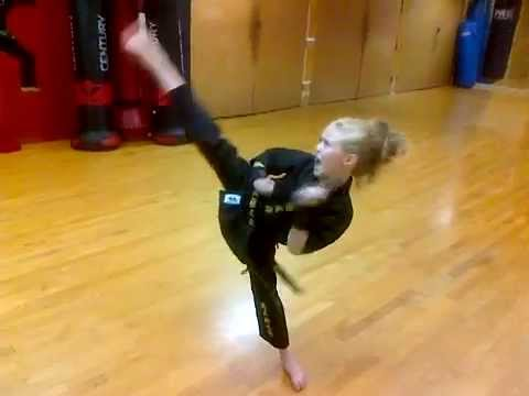 Karate Supergirl
