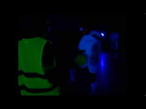 Sport unter Schwarzlicht beim Blacklight Open Air