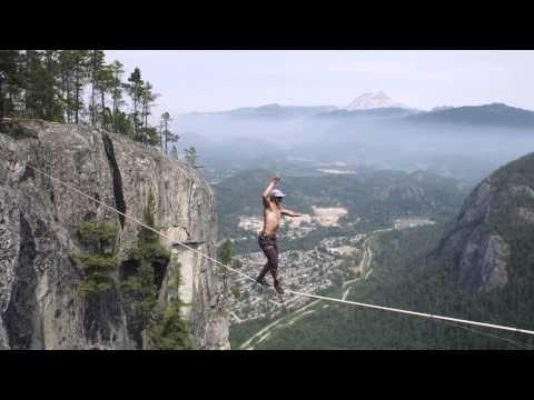 Ungesicherter Slackline Weltrekord in 290 Metern Höhe